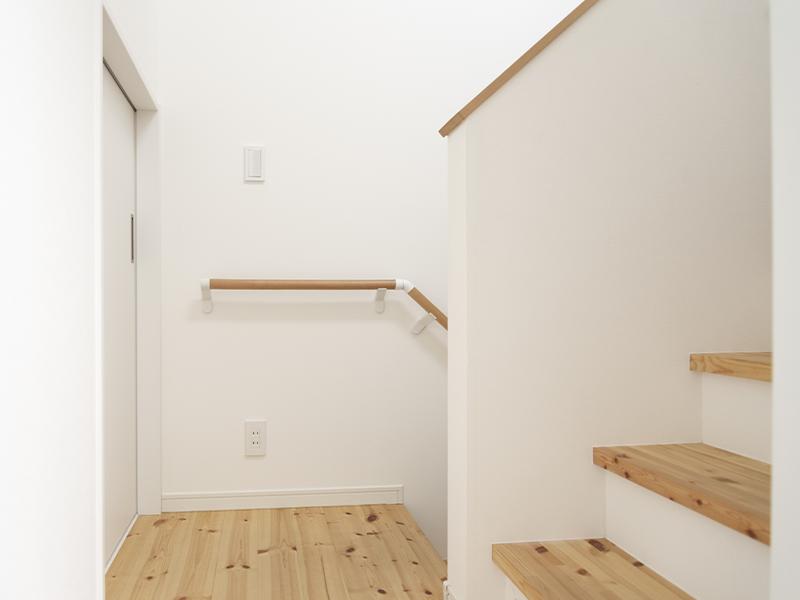 階段廊下リフォームイメージ画像